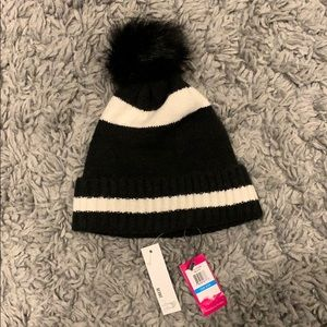 Vince Camuto Beanie NEVER WORN WITH TAGS